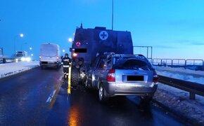 Zderzenie osobówki z pojazdem wojskowym na ul. Żołnierzy I Armii Wojska Polskiego