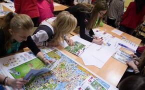 Ekonomiczny Uniwersytet Dziecięcy rozdaje indeksy
