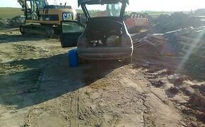 Okradali maszyny z terenu budowy autostrady - Aktualności Podkarpacie