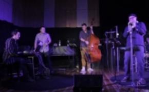 | Koncertowe video Eskaubei i Tomek Nowak Quartet