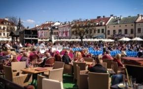 | Największy flash mob w Rzeszowie. Chcą pobić rekord