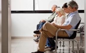 | Dzia�a infolinia dla pacjent�w. Mo�na uzyska� informacje o wolnych miejscach do lekarzy