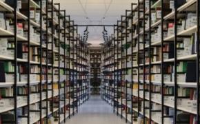 | Rzeszowska biblioteka zbiera książki dla polskiej placówki w Belgii. Wesprzeć akcję może każdy mieszkaniec