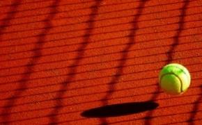 """""""Dzieciaki do rakiet"""". Bezpłatne treningi tenisowe dla młodych mieszkańców Rzeszowa"""