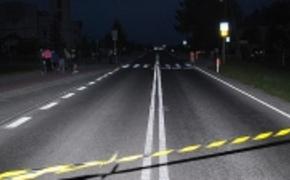 | 8-letni ch�opiec wpad� pod ko�a samochodu