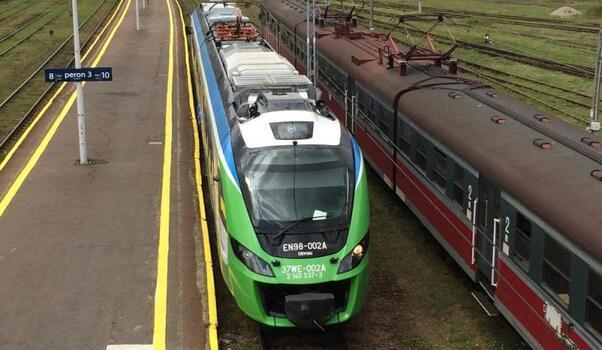 Aktualności Rzeszów | Będzie siedem nowych pociągów. Podpisano umowę na zakup taboru