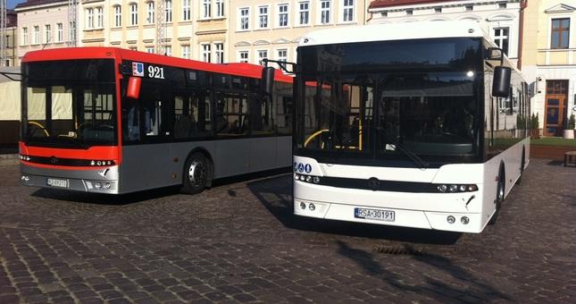 Aktualności Rzeszów   50 nowych autobusów w Rzeszowie od 2018 roku. Podpisano umowę z firmą Autosan i Solaris