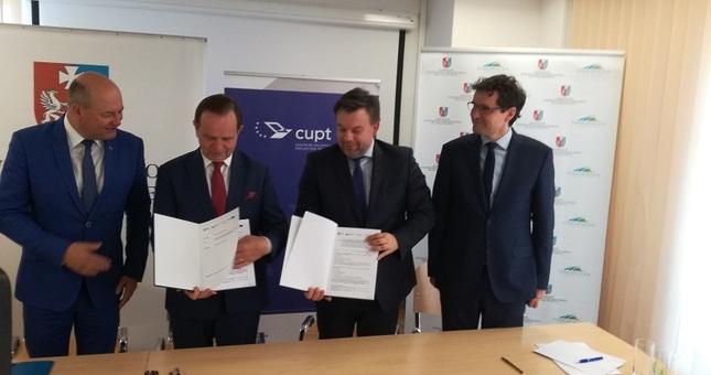 Podmiejska Kolej Aglomeracyjna za 588 mln zł. Podpisano już pierwsze umowy - Aktualności Rzeszów