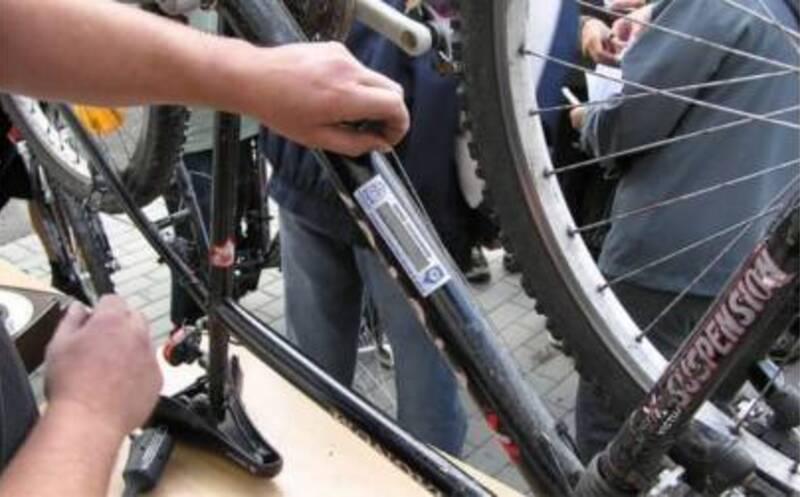 Akcja znakowania rowerów w Rzeszowie - Aktualności Rzeszów