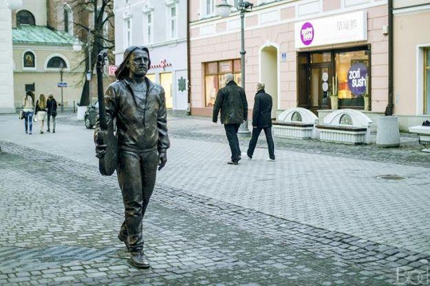 Aktualności Rzeszów | (FOTO) Pomnik znakiem rozpoznawczym Rzeszowa?