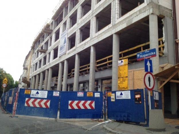 Aktualności Rzeszów | Trwa rozbudowa hotelu w centrum Rzeszowa