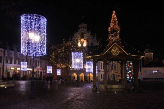 Aktualności Rzeszów | 600 tys. zł za ozdoby świąteczne. Co na to miasto?