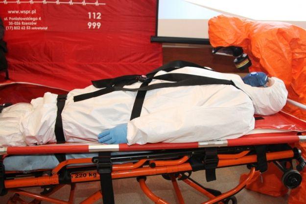 Aktualności Rzeszów | Pogotowie ratunkowe ma kapsułę do izolacji zarażonych pacjentów