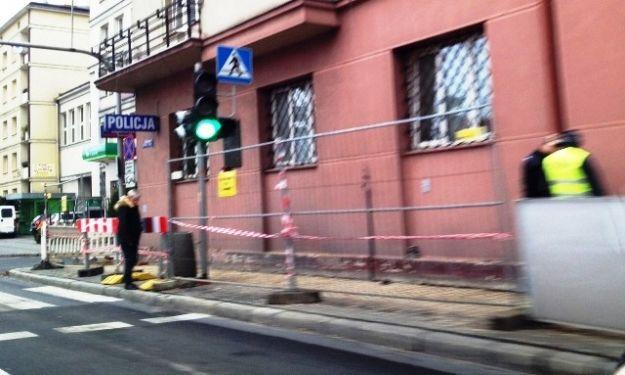 Aktualności Rzeszów | Zablokowany chodnik przy Lisa-Kuli. Będą mandaty dla pieszych!