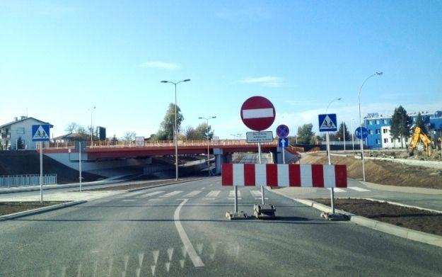 Aktualności Rzeszów | Osuwiska nie ma, ale al. Wyzwolenia i tak zamknięta