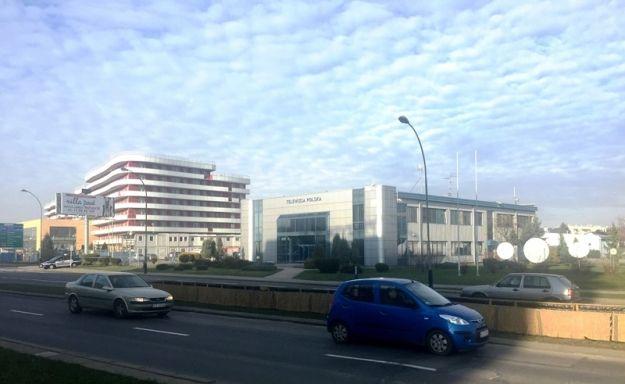 Aktualności Rzeszów | Bomba w siedzibie TVP Rzeszów? Ewakuacja pracowników!
