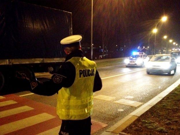 Aktualności Rzeszów | FOTO. Gigantyczne korki przy rondzie Pobitno. Tir potrącił rowerzystę