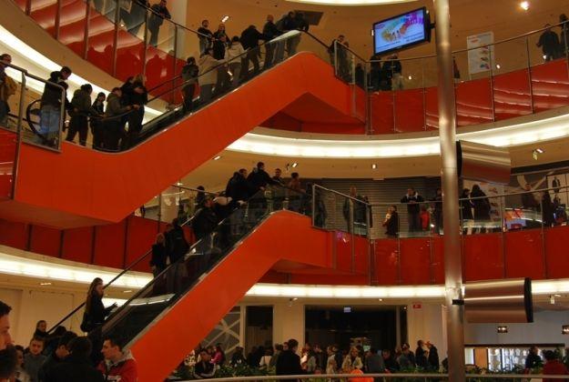 Aktualności Rzeszów | Sprawdź, w jakich godzinach będą czynne sklepy w Wigilię i Sylwestra!