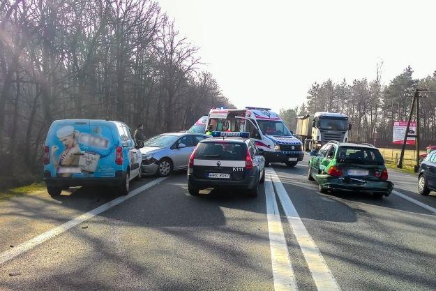 Aktualności Rzeszów | 3 samochody zderzyły się w Rudnej Małej
