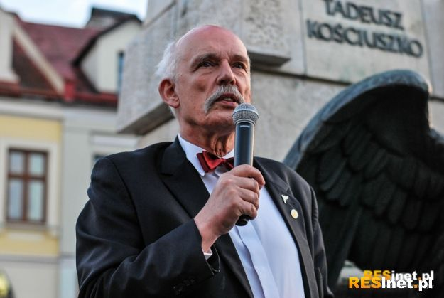Aktualności Rzeszów | FOTO/VIDEO: Korwin-Mikke przemawiał do wyborców na rzeszowskim Rynku
