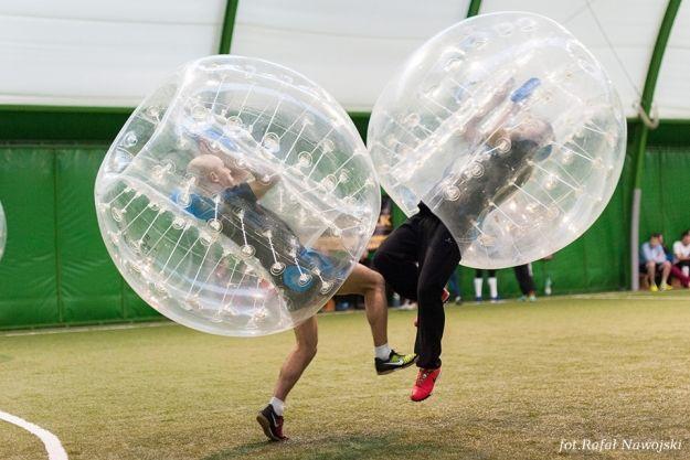 Aktualności Rzeszów | FOTO. Mecz w wielkiej kuli. Nowa rozrywka w Rzeszowie