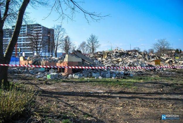 Aktualności Rzeszów | Wyburzają budynki Urzędu Marszałkowskiego. Wiemy, co tam powstanie