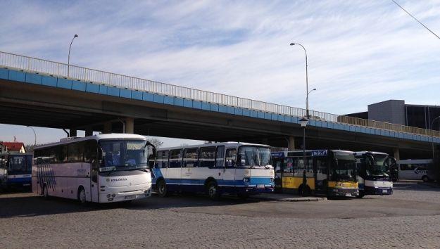 Aktualności Rzeszów | Znaleźli sposób na kierowców blokujących przejazd