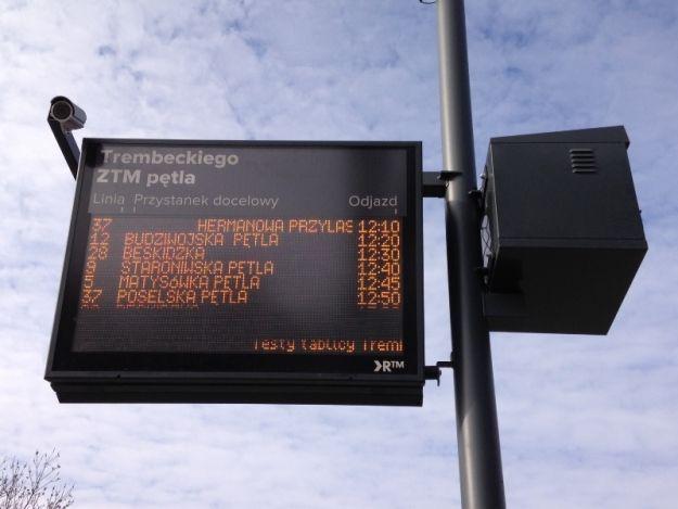 Aktualności Rzeszów | Będzie więcej tablic informacyjnych przy przystankach. Kiedy?