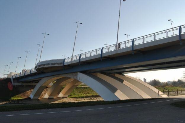 Aktualności Rzeszów | Chciał skoczyć z Mostu Zamkowego. Pomogli policjanci