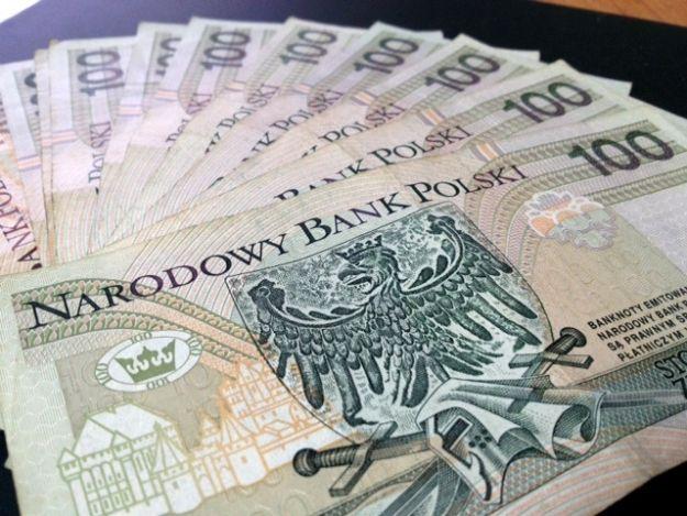 Aktualności Rzeszów | Cenna zguba w Tyczynie. Gazownicy znaleźli 200 tys. zł