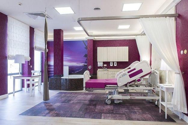 Aktualności Rzeszów | Poród na łóżkach z baldachimem. Luksusowe warunki w nowych pokojach szpitala Pro-Familia