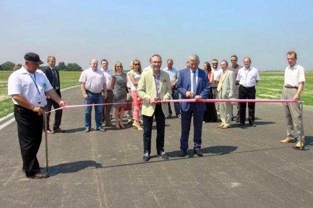 Aktualności Rzeszów | Więcej startów i lądowań samolotów w krótszym czasie. Gotowa nowa inwestycja. Rozbudowali drogi kołowania