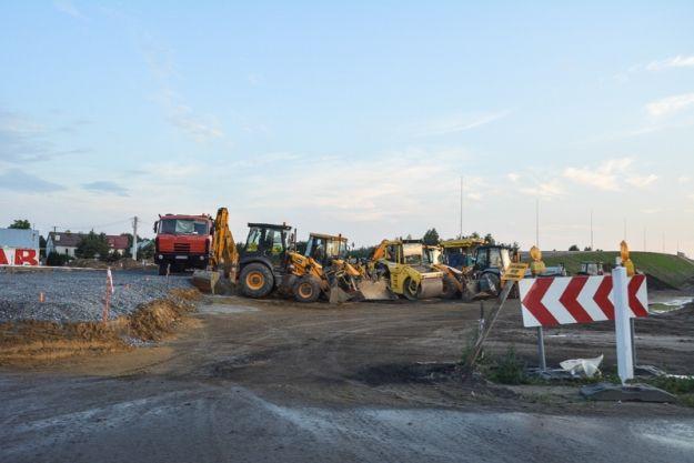 Aktualności Rzeszów | Uwaga kierowcy! Utrudnienia w ruchu. Kolejny etap budowy drogi lotniskowej