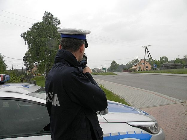 Aktualności Podkarpacie | Policja zatrzymała pirata drogowego. Pędził 124 km/h w terenie zabudowanym
