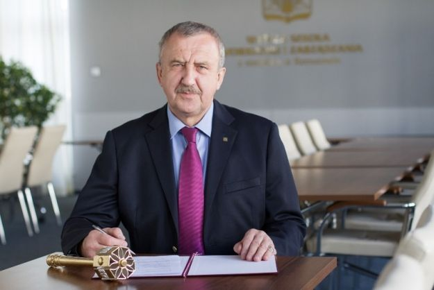 Aktualności Rzeszów | Koniec I tury rekrutacji na WSIiZ. Informatyka, kosmetologia i logistyka najbardziej oblegane