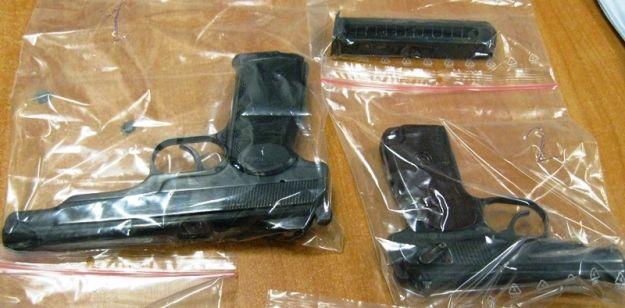Aktualności Podkarpacie | W koszu na śmieci znaleźli dwa pistolety