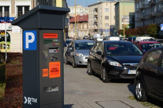 Aktualności Rzeszów   FOTO. W centrum Rzeszowa montują pierwsze parkomaty