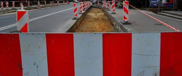Aktualności Rzeszów | Do końca przyszłego miesiąca odnowią pas drogowy przy ul. Zamkowej