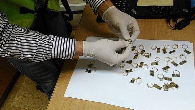 Aktualności Rzeszów | Ukradła pierścionki i schowała je w jogurcie