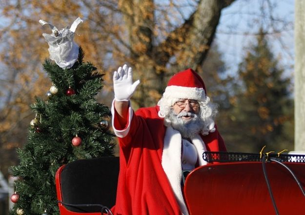 Aktualności Rzeszów | Nowa świąteczna atrakcja w Rzeszowie. Mikołaj będzie rozdawał prezenty na scenie w Rynku