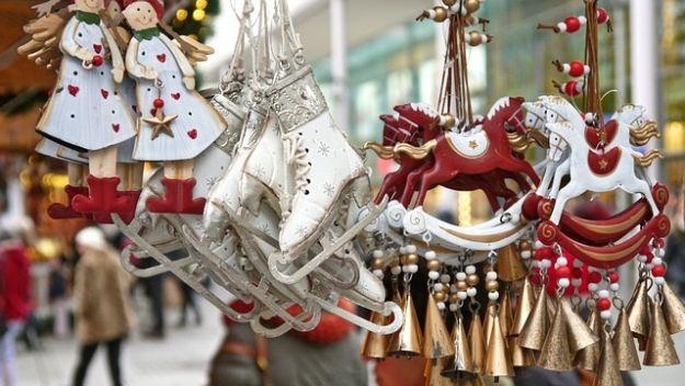 Aktualności Rzeszów | Jarmark Bożonarodzeniowy. 20 domków, 26 wystawców. Zobaczcie asortyment