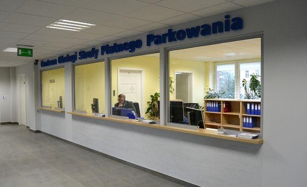 Aktualności Rzeszów | Ruszyła sprzedaż abonamentów strefy płatnego parkowania