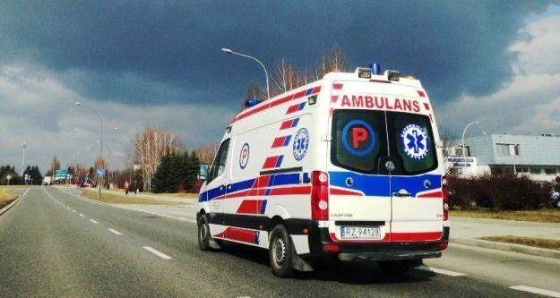 Aktualności Rzeszów | Zderzenie vana z autobusem PKS w Boguchwale. 4 osoby ranne