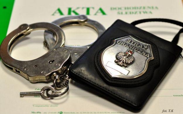 Aktualności Rzeszów | 8 lat poszukiwano go listem gończym. Zatrzymany na lotnisku w Jasionce