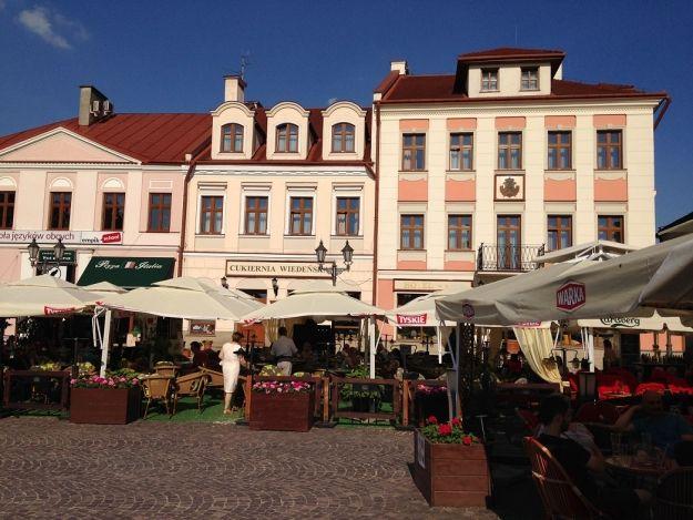 Aktualności Rzeszów | Powrót ogródków gastronomicznych na rzeszowski Rynek