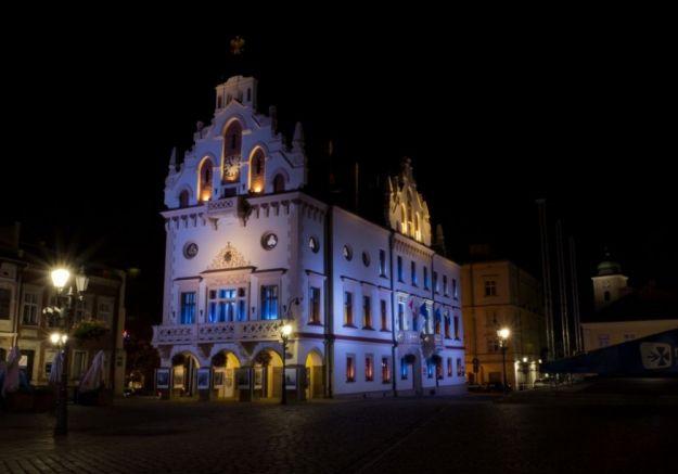 Aktualności Rzeszów | W sobotę zgasną światła na rzeszowskim Rynku i w galeriach handlowych