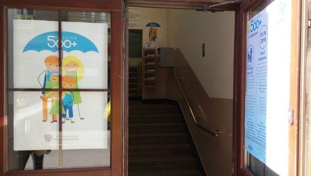 Aktualności Rzeszów | Uruchomiono specjalną infolinię dotyczącą programu 500 plus