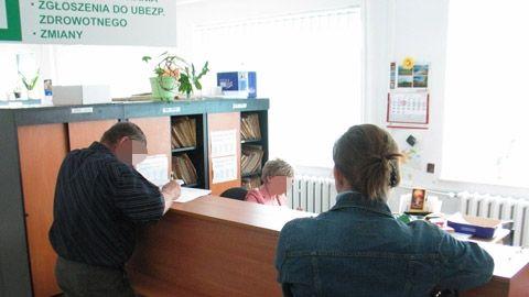 Aktualności z Kraju | Urzędy pracy zwolnią 30 proc. pracowników