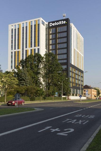 Aktualności Rzeszów | Centrum Usług dla Biznesu Deloitte w nowej siedzibie przy ul. Warszawskiej. Będzie praca dla ponad 300 osób
