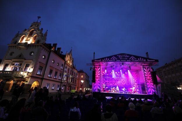 Aktualności Rzeszów | Czwarta edycja projektu Wschód Kultury w tym miesiącu w Rzeszowie. Gwiazdą koncertu głównego Within Temptation